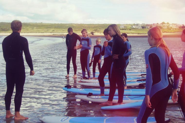 Surfkurs in der Bretagne